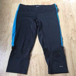 blue and black sporty capris